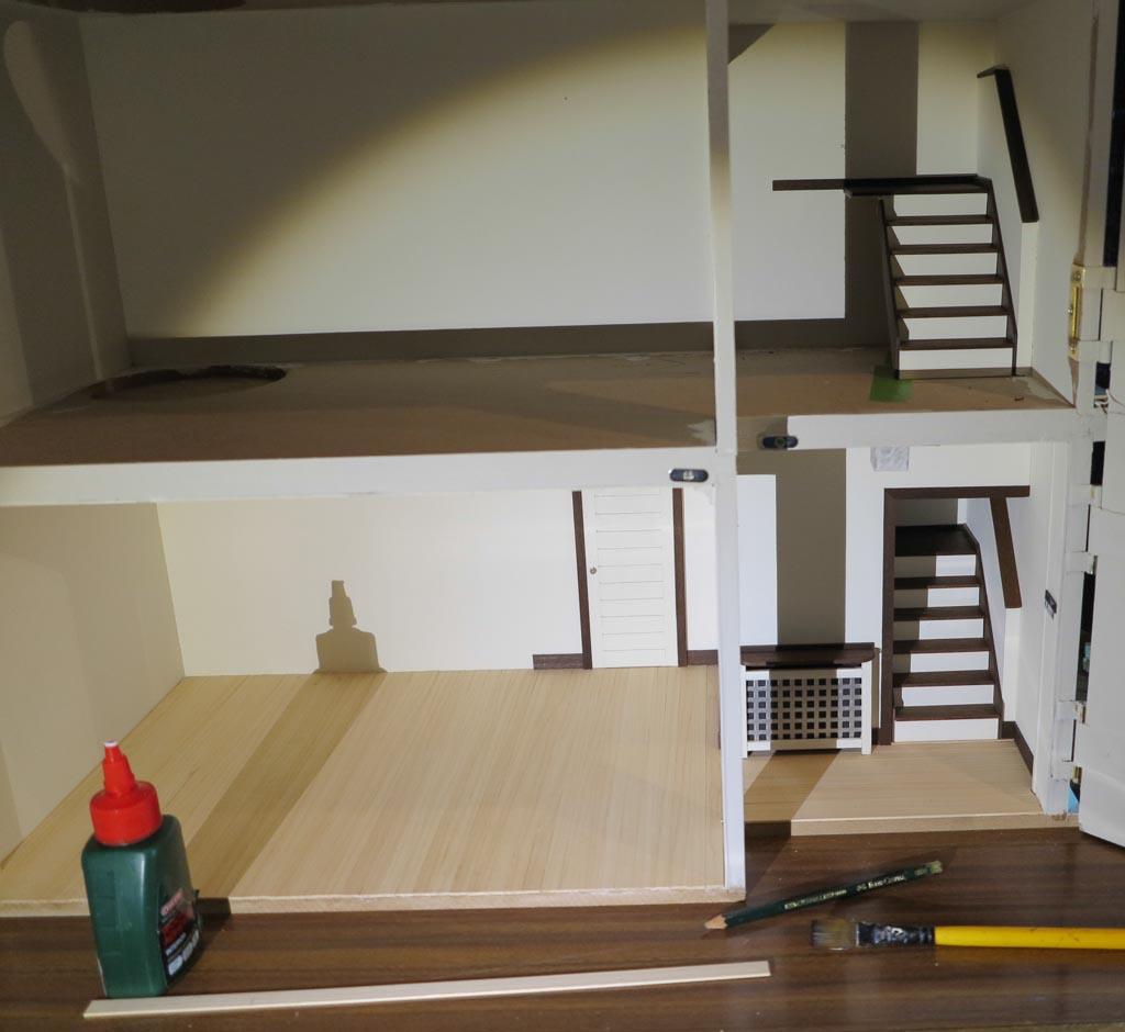 Miniaturowy domek dla lalek
